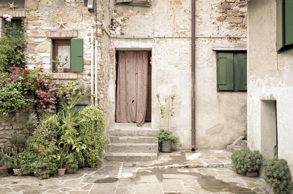 2018-07-5-ANA-ItalienGriechenland-Nikon-EL-Kodak-Portra-160-025.jpg